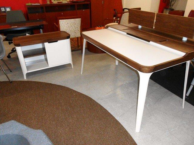 huge selection of a87ff 4f630 Great for the home Herman Miller Desks - Office Outlet