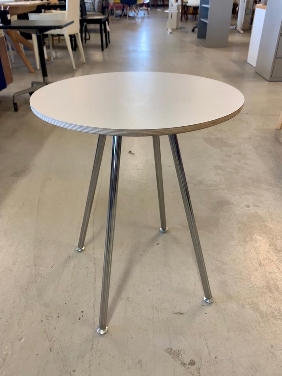 Swoop Side Table